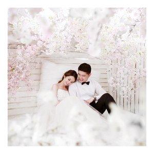 Happy Valentine My Jojo 😘Vivi sayang jojo, si gendut jelek dan menyebalkan 😘😘😘..#valentineday #koreaprewedding #prewedding #nostalgia boleh lah ya ..I have a tons of my wedding photo yang belum diupload. Diupload semua takut pada muntah nanti ahahaha 🤣🤣Prewedding organizer @noblessesmd ..Happy Valentine AllLet's share happiness yaaa and keep positive yaa... 😀..#indobeautygram #beautybloggerid #beautybloggerindo #charisceleb#clozetteid #beautynesiamember #charisceleb #hicharis #beautifuljournal  #indobeautygram #LYKEambassador #LYKEootd #LYKEbyAGNEZMO