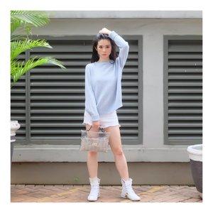Today is @zapcoid  Mereka ga cuma bantuin aku bersih dari bulu2.. tapi juga ngasih aku tas ini... The bag is so cute!  Have a great day all!! Take a deep breath and smile 😀😀😀 #bloggerstyle #koreanlook #asiangirls #lookbook #lookbookindo #ootdindo #ootdmagazine #ullzang #styleblogger #fashionpost #styleinspiration #dress #ootd #style #clozetteid #셀스타그램 #팔로우 #오오티디 #패션 #데일리 #일상 #데일리 #whatiwore #ootdmagazine #exploretocreate