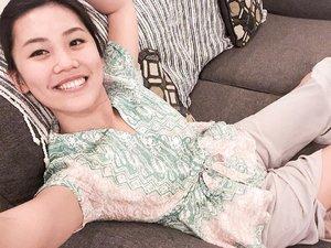 Crappy photo quality but whatevsss it's weekend and I love my #batik shirt! 💛 HAPPY WEEKEND HUMANS!  #midnightselfie #batikfriday #clozetteid #ootd #ootdbatik #batikindonesia