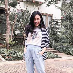 You own the skies, and still You want my heart.  #clozetteid #ootd #ootdindonesia #lookbookindonesia #styleinspo #saturdaylook #stylestalker #stylediary #jakarta #indoblogger