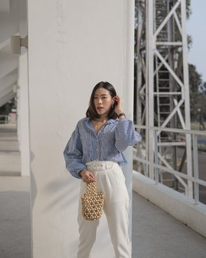 find out the best way to bring out the outstanding daily wear outfit —— wearing stripes blouse and high waist pants, perfecto! ✨ @ordinair.label  #EverydayOrdinair #MeXOrdinair