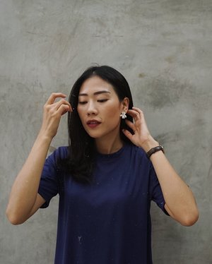 this is how i styling @doozyestore earrings, it's simple yet eye-catching, just pair it with the dress or sth casual, i am ready to go! 🙌🏻