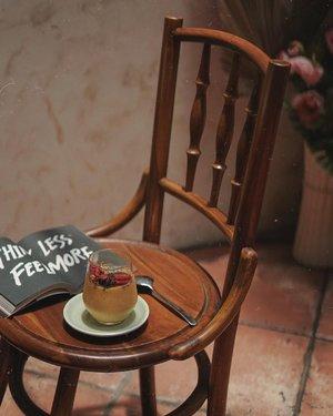 kalo lagi bosen dengan #kopi bisa cobain smoothies, selain sehat juga low calories loh. kalian biasa pada ngemil apa nih ? 🍋🍓🥝🍇 ————📍 @salenco.id