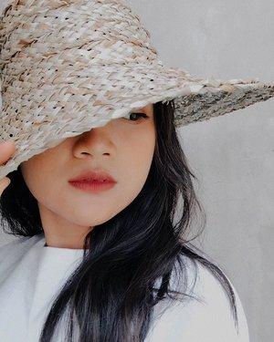 👒👒👒friday afternoon feels like heaven.#friday #ootd #lookbook #lookbookindonesia #ootdfashion #ootdindonesia #ootdasian #bali #indonesia #vacation #vacationmode #holidaywardrobe #wardrobe #goodvibes #clozette #clozetteid #clozetteambassador photooftheday #fashionstyle #instafashion #bloggerperempuan #influencer #lifestyle #beauty #style #fashion #photooftheday #photography #likeforlikes  #instagood #instadaily
