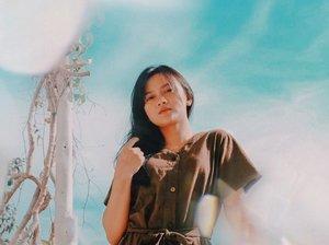 shine bright ✨ • •  #bali #indonesia #stayhome #dirumahaja #dirumahajadulu #covid19 #corona #quarantine #influencer  #indotravellers #indotravelvidgram #instatravel #instatraveling #instatravelgram #wonderful_places #passionpassport #gameoftones #welivetoexplore #positivevibes #clozette #clozetteid #likeforlikes #photooftheday #photography #lifestyle #bbrightvc #2gethertheseries #sarawat #beauty  #คั่นกูep12