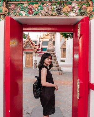 Nanti kamu juga paham #nkcthi . 📷 : @arizonandy  #bangkok #explore #explorethailand #explorebangkok #instatravel #instatravelling #clozette #clozetteid #influencer #travelgram #gameoftones #explore #explorebangkok #explorethailand #bestintravel #wonderful_places #wonderful #takemoreadventures #adventure #lifeofadventure #welivetoexplore #lifestyle #watpho #sleepingbuddha #holiday #aroundtheworld #positivevibes #travelvibes