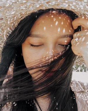 Good morning 🥰.#ootd #lookbook #lookbookindonesia #ootdfashion #ootdindonesia #ootdasian #bali #indonesia #vacation #vacationmode #holidaywardrobe #wardrobe #goodvibes #clozette #clozetteid #clozetteambassador photooftheday #fashionstyle #instafashion #bloggerperempuan #influencer #lifestyle #beauty #style #fashion #photooftheday #photography #likeforlikes  #instagood #instadaily #selflove