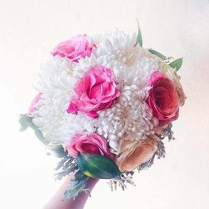 🌷🌷🌷🌷🌷🌷 bloom with grace . . . . . #flower #beauty #flowerbouquet  #bloom #clozette #clozetteid