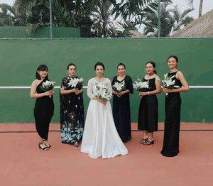 🖤🖤💖🖤🖤🖤.#bridesmaids #weddingdress #weddingphotography #thebridestory #girls #influencer #likeforlike #instadaily #instagood #옷스타그램 #일상 #데일리룩#일상그램 #뷰티스타그램 #패션 #fashion #style #lookbook #classy #lookbookindonesia #ootd #ootdfashion #aboutalook #fashioninfluencer #photooftheday #beauty #influencer  #aboutalook #clozette #clozetteid #ootdasian #ootdmagazine
