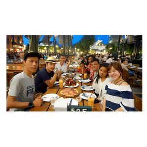 Dinner at Chocolate Ville 🍽#bangkok #chocolateville #dinner #thailand #friends #clozetteid #starclozetter #beautyblogger #blogger #indonesianbeautyblogger #fotd #potd #food #angelkawainthailand #foodie