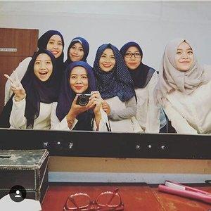 backstage hijab hunt 2015 #tapiboong lol#clozetteID #friendship #dkv