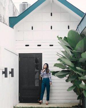 Doodoodoo~ feelin retro in @cottonink set 😛  #COTTONINKGirls #youxcottonink #clozetteid #lookbooknu #lookbookindonesia #ggrepstyle #cgstreetstyle #looksootd #lykeshopmystyle #lyke_wulanwu