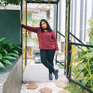 wherever life plants you, bloom with grace . . . . . #Clozetteid #bigsizeindo #bigsizeindonesia  #curvystyle  #batak #bataknese #reginapitcom  #pemuda_batak  #ootdplussizeindo #ootdindo #plussizeindo  #plussizeindonesia #curvystyleideasid  #indonesiabeautyblogger  #ootdbigsizeindonesia #sbybeautyblogger #missbbwindonesia
