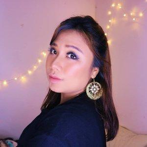 Happy Women's Day Sistuuurr 💪🏻👸🏼.........#reginapitcom #sbyglamsquad#bvlogger #bvloggerid #indobeautygram #Clozetteid  #indonesiababe #bunnyneedsmakeup #sbybeautyblogger  #reginapitcom #beautiesquad #IVGBeauty #indovidgram #indovlogger #setterspace #kbbvfeatured #beautybloggerindonesia #womansday