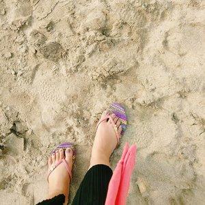 be proud of every step u take towards stability. no matter how big or small. - jessica ann hardy - . . . . . . . #explorebali #ootdplussizeindo #ootdindo #plussizeindo #indonesiabeautyblogger #like4like #bodyacceptence #bigsizeindo #bigsizeindonesia  #sbybeautyblogger  #Clozetteid #ootd #beautyblogger  #batak #bataknese #reginapitcom  #pemuda_batak