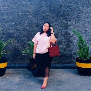 Hai, im back 🐇 . . . #Clozetteid #bigsizeindo #bigsizeindonesia  #curvystyle  #batak #bataknese #reginapitcom  #pemuda_batak  #ootdplussizeindo #ootdindo #plussizeindo  #plussizeindonesia #curvystyleideasid  #indonesiabeautyblogger  #ootdbigsizeindonesia #sbybeautyblogger #missbbwindonesia