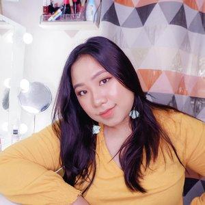 Senyumin aja 😊...... #reginapittutorial#reginapitcom#bvlogger #bvloggerid #indobeauautygram#Clozetteid #bloggermafia #sbybeautyblogger #beautiesquad #indovidgram #indovlogger #batak #bataknese #beautybloggerindonesia