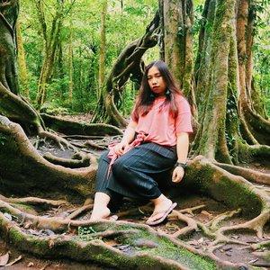 merindukan udaranya🌿🍃 . . . . . . . #explorebali #ootdplussizeindo #ootdindo #plussizeindo #indonesiabeautyblogger #like4like #ootdbigsizeindonesia #sbybeautyblogger  #plussizeindonesia #curvystyleideasid #balibotanicalgarden #bedugul  #bodyacceptence #bigsizeindo #bigsizeindonesia  #curvystyle #Clozetteid #ootd #beautyblogger  #batak #bataknese #reginapitcom  #pemuda_batak  #throwback