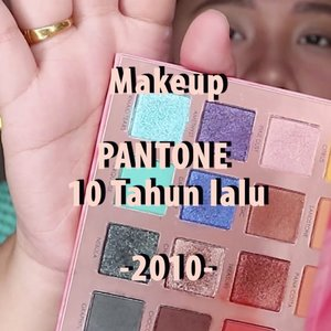 MAKEUP PANTONE 2010 🌈versi videonya nih!. .🌈 @maybelline Stay matte doundation + @lagirlindonesia Pro concelaer🌈 @thesaemid Tip Concealer🌈 @fanbocosmetics powder🌈 @madame.gie eyebrow Pencil🌈 @absolutenewyork_id Strobing and Shading palette🌈 @maybelline fit me blush .🌈 Focalure Endless Possibilities .🌈 @nivea_id lip balm🌈 @altheakorea Spottlight glitter. - .#reginapittutorial#reginapitcom #bvlogger #bvloggerid #indobeautygram #Clozetteid  #indonesiababe  #sbybeautyblogger  #beautiesquad #IVGBeauty #indovidgram #indovlogger #setterspace #kbbvfeatured #beautybloggerindonesia