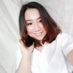 let me tak e #selfie 😋 . . . . . .  #indonesiabeautyblogger #like4like #ootdbigsizeindonesia #sbybeautyblogger  #plussizeindonesia #curvystyleideasid  #bodyacceptence #bigsizeindo #bigsizeindonesia  #curvystyle #Clozetteid #ootd #beautyblogger  #batak #bataknese #reginapitcom  #pemuda_batak