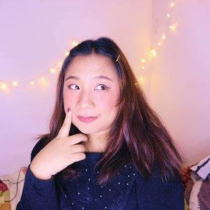 Sabtu ini mau kemana eah? Hmmm🤔........#reginapitcom #sbyglamsquad#bvlogger #bvloggerid #indobeautygram #Clozetteid  #indonesiababe #bunnyneedsmakeup #sbybeautyblogger  #reginapitcom #beautiesquad #IVGBeauty #indovidgram #indovlogger #setterspace #kbbvfeatured #beautybloggerindonesia