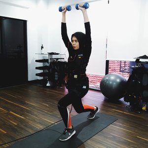 Let's join the vibes of the EMS technology and Miha Bodytec equipment at @20_fit now! Read my experience of my first trial on inalathifahs.blogspot.co.id or simply click this link https://goo.gl/q9bmpk Have a lovely and fun Friday because weekend is coming! xo
