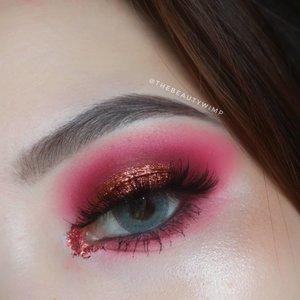 FAV TONES EVEEEEER. 🍇🌶 . deets @benefitindonesia @benefitcosmetics goof proof 06 deep @morphebrushes 39 A (create, passion, spark) @juviasplace zulu palette (pink only for transition shade) @beautycreations.cosmetics glitter glue @getthelookid lash paradise @pixycosmetics line & shadow black . . . #fakeupfix #makeupforbarbies #beautygram #makeupblogger #eyeshadowtutorial #smokeyeye #peachyqueenblog #clozzeteid #bretmanvanity #beautycreations #beautygram#clozetteid #instamakeup #undiscovered_muas #neutraleyeshadow  #wakeupandmakeup #fiercesociety  #hypnaughtymakeup #makeupinspiration  #sigmabeauty #flawlesssdolls #juviasplace #morphebabe #morphebrushes #bcgirl .