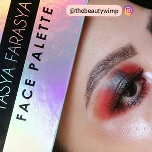 AN EXTRA SMOKEY HALO EYE . . Using @ars_fashion Focallure x @tasyafarasya 🌼 . I made a video so you can see how the eyeshadows blend and all. . Highlighter brush @sigmabeauty F03 . #fakeupfix #makeupforbarbies #beautygram #makeupblogger #eyeshadowtutorial #smokeyeyetutorial #peachyqueenblog #clozzeteid #bretmanvanity #eyeshadowswatch #beautygram#clozetteid #instamakeup #undiscovered_muas #smokeyeye  #wakeupandmakeup #fiercesociety  #hypnaughtymakeup #makeupinspiration  #sigmabeauty #flawlesssdolls #focallure #nyxcosmetics_indonesia .