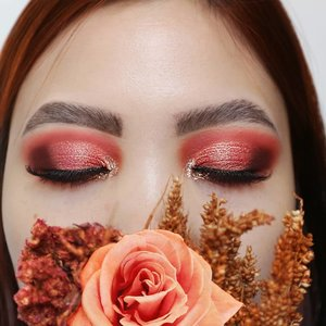 Third look 💯TUTORIAL ON NEXT POSTGARDEN ROSE VUVUZELA INSPIRED LOOK.Eyes deets@sigmabeauty Eyeshadow Base Primer - Ignite #sigmabeauty #sigmaprimetime@colourpopcosmetics Sweet Talk #colourPopMeBrushes :#bhcosmetics & Sigma Brushes ....#clozetteid #morphebabe #sigmagical #sigmaprimetime #anastasiabeverlyhills #anastasiabrows #juviasplace #colourpopme  #bhbeauties #qupas #lovewins🌈 #hoodedeyesmakeup #coral #eyeshadowlook #trendymakeup #eyelooks #blazin_beauties #dramaticmakeup #makeupobsession #muasfeaturing #eyemakeupideas #eotd #pridemonth