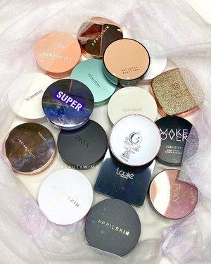 CUSHIONS  Siapa yg punya temen muka-dua? Bilangin mereka kalah sm aku, muka ku lbh aaaaakeh makanya cushion juga aaakeehhh eymm 😂  Mana nih favorit cushion mu?   Aku jg baru sadar cushion ngumpul segini banyak kalau dibuka satu satu dari laci 💨       #beautygoersid #instamakeup  #makeuptutorial  #beautyenthusiast  #100daymakeupchallenge #makeupfeed #unleashyourinnerartist #creativemakeup  #makeuptutorial @setterspace @tampilcantik  @cchanel_beauty_id @tips_kecantikan  @popbela_com  #makeuplooks #wakeupandmakeup #clozzeteid #sigmabrush #clozetteid #slave2beauty #wake2slay #eyeshadowtutorial  #amrezyshoutouts #undiscovered_muas #inssta_makeup #makeupaddict #featuremuas #morphebabe #beautyunderyourinfluencer