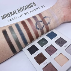 COMPLETE SWATCHES OF MINERAL BOTANICA GLOW SERIES____• Dazzling Wonders 03• Perfect Glow Contour & Highlighter Palette• Twinkle Liquid Eyeshadow______Uda ada nyobain yang mana aja nich?.@mineralbotanica.........#makeupfeed #unleashyourinnerartist #creativemakeup #eyelooks #makeuptutorial #makeuplooks #wakeupandmakeup #clozzeteid #sigmabrush #clozetteid #slave2beauty #wake2slay #eyeshadowtutorial #focallure #amrezyshoutouts #undiscovered_muas #inssta_makeup #makeupaddict #featuremuas #morphebabe #beautyunderyourinfluencer #gowiththeglow #glowseries.