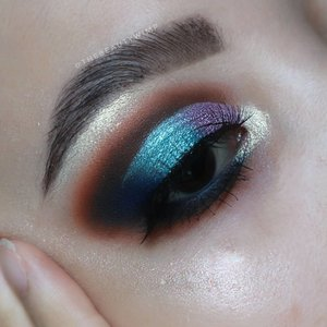 TUTORIAL ON PREVIOUS POST 🎣 . . Deets  @anastasiabeverlyhills prism palette @juviasplace The Magic Palette @getthelookid lash paradise mascara Brushes used @sigmabeauty @ecotools_id @masamishouko . . . . #fakeupfix #makeupforbarbies  #setterspace @setterspace #makeuptutorial #ColourPopMe #anatasiabeverlyhills #peachyqueenblog #abhbrows #bretmanvanity #eyemakeupvideos #juviasplace #amrezyshoutouts #wakeupandmakeup #morphebrushes #instamakeup #undiscovered_muas #morphebabe  #beautycommunity  #fiercesociety  #sigmabeauty @sigmabeauty  #bunnyneedsmakeup @bunnyneedsmakeup #clozetteid #beautybay #blendtherules