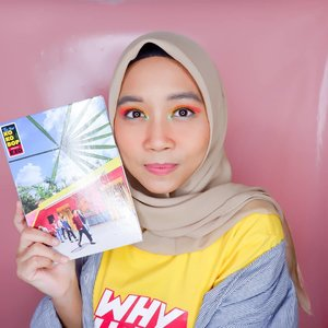 #makeuplikekpopalbum gonjreng banget sistah.. Konsep Kokobop @weareone.exo  itu Hawaiian summer vibe gitu, jadi warnanya cerah merona😍 meberanikan diri pakai eyeshadow warna cerah. How do I look?😆😆. . So here's the makeup detail :  @catrice.cosmetics The Nude Blossom Pallete & Prime and Shine Poreless Blur Primer @maybelline_indonesia Fit Me Foundation 220 & Concealer @riveracosmetics Luminious Micro Powder @thesaemid Saemmul Eyebrow Pencil Grey Brown @beautyglazed Color Board Eye Shadow Tray @wardahbeauty Instaperfect Eyeliner @mizzucosmetics Fake Eye Lashes @naturerepublic.id Flower Blusher 02 Orange Pear @makeoverid Riche Glow Highlighter @sulamitcosmetics Matte Finish Lippaint 15 Stay Bright @romand_indonesia Zero Gram Dusty Pink . . #clozetteid #makeuplook #makeuptutorial #makeupkpop #summermakeup #makeup #makeupenthusiast #makeupjunkie #블로거 #얼짱 #뷰티블로거 #ブロガー#美容ブロガー #kawaii #かわいい #hunnyeo #훈녀