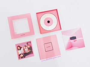 UPDATE!🖤💖 Unboxing @blackpinkofficial first mini album, Square Up Pink Version on my blog. Check link on my description box and found out what inside the album and who photocards that I Got😉. . . #clozetteid #wonderlandbykartikaryani #blackpink #squareup #unboxingkpopalbum #kpop #lifestyleblogger #lifestyle #travelblogger #travelling #adventure #vacation #fancystuff #flatlay #ulzzang #블로거#얼짱#라이프 #스타일 #블로거#ライフスタイルブロガー#ブロガー#kawaii #かわいい#旅行#旅行ブロガー#여행#여행자#여행스타그램 #hunnyeo #훈녀