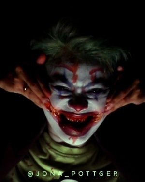 🃏🃏🃏I dedicated this makeup look and video for @jokermovie and the greatest joker represented by @joaquinphoenixv #jokermakeup #jokerworld #jokerhalloweenmakeup #halloweenmakeup #favoritevillain #fantasymakeupart 🎥 @jpottger#Setterspace#clozetteid#theshonet#lookbookindonesia#indobeautygram#indobeautychannel#beautychannelid#indobeautysquad#bunnyneedsmakeup#ladybossjkt#bvvlogger#bloggirlsid#bloggervloggerindonesia#storieid#jakartabeautyblogger#indobeautyblogger#ivgbeauty#channelbeautyindonesia#lemoninfluencerid#cchannel_beauty_id#100daysofmakeup#videotutorial#dwiendahpusparini#tasyashoutoutfarasya