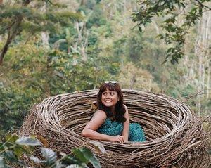 when i get in the sun i get very tanned 🤘 . . . Nggak apa apa hitam. Manis ini 😋😋😋 . . .  #bali #balilife #lifeinbali #travel #vscocam #vsco#nomad#digitalnomad #girls#likeforlike#like4like #likeforfollow #like4follow #traveller #wanagiri #tree #treehouse #watg #watgbali  #wearetravelgirls #travelblogger#travelgram  #clozetteid #girlaroundworld #nomadgirls #thebalibible #thebaliguru