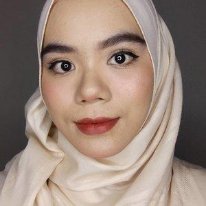 Lips @luxcrime_id ultra satin lipstick - her majesty#hijab #hijabstyle #beautygram #instabeauty #indobeautyblogger #indobeautysquad #indobeautygram #beautiesquad #clozette #clozetteid #beautyinspiration #makeuplook #makeuplooks #makeupinspiration