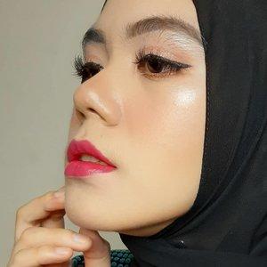 Seperti biasa, makeup mu akan terlihat sempurna disaat dirimu ga pergi kemana-mana💜  #clozette #Clozetteid #beauty #beautygram #hijab #makeuplook #makeupinspiration #beautyinfluencer
