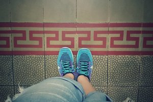#Modern x #Traditional  When the #edgy technology of #NikeFree #Flyknit situated in #vintage #classic #tiles . . . . . #NikeWMNS #Nike #Sporty #RippedJeans #Shoefie #TravelinStyle #Sneakers #Clozette #ClozetteID