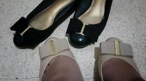 Akan terus terjadi, sampai mampu beli #Ferragamo. Sabar aja yah. Adek gw aja udah kesel liatnya. Long Live and Prosper 🖖 . . . . . #ClozetteID #Clozette #Shoes #FashionGirlDilemma #Shoefie #ClosetCleanout iswearthiskeeponhappening #DinsDayOff #OldnNew #BlackShoes #NudePumps #Bow guessihavethisthingwithbow #🎀