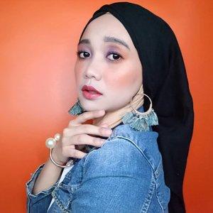 🍑 peach orange vibe ceunah 🍊 . . . . . . . #simplycovered #hijabstyle_lookbook #hijabfab #hijabwear #chichijab #hijabdaily #makeupuntukhijab #hijabmakeup #muahijab #setterspace @setterspace @clozetteid #clozetteid #beautychannelid @beautychannel.id @beautybloggerindonesia #beautybloggerindonesia @tampilcantik.ind #tampilcantik