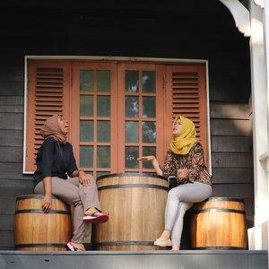 Malam minggu gini jangan dijadiin buat ngegosip ya, mending cerita-cerita lucu gaje aja biar kita tambah klop sama gebetan or pacar gitu hohoho 😎#clozetteID #Siltaliburan #fashionhijab #fashion #fashionable #fashionkorea #fashionblogger #Beautiesquad #dufan #ootdhijab #OOTD #hijapstyle #hijapstyle #inspirasiootdberhijab