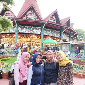 Terakhir SMA kali yaa main kesini 😂(Anaknya suka weekand tapi di weekday sihh😋) ••#clozetteID #Siltaliburan #fashionhijab #fashion #fashionable #fashionkorea #fashionblogger #Beautiesquad #dufan #dufanancol