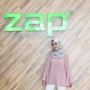 Cuman minta sedikit waktu libur aja buat bermanja-manja di @zapcoid memberikah hiburan untuk wajah 😂#clozetteID #Siltaliburan #fashionhijab #fashion #fashionable #fashionkorea #fashionblogger  #ootdhijab #OOTD #hijapstyle #hijapstyle #inspirasiootdberhijab #dailyhijabootd #MauGayaItuGampang #lifestyle #zapclinic #zappalembangicon #zappalembang