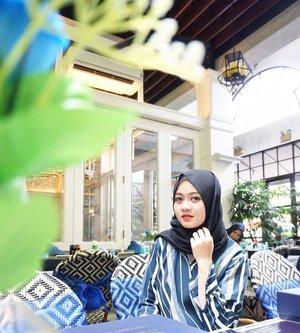 Event kedua aku di Jakarta dan sekaligus event kedua bersama @safiindonesia Halal, Natural, Teruji. 💙#safibloggergathering #safixbeautynesia #halalnaturalteruji #clozetteID #Siltaliburan #fashionhijab #fashion #fashionable #fashionkorea #fashionblogger  #ootdhijab #OOTD #hijapstyle #hijapstyle #inspirasiootdberhijab #dailyhijabootd #MauGayaItuGampang #lifestyle #zapclinic #zappalembangicon #zappalembang