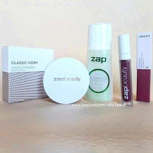 Hey udah pada baca review terbaru aku di Blog tentang rangkaian Kosmetik dari @zapcoid?Aku udah review Loose Powder, Lip Cream dan Facial Wash mereka lohhhKalau belum baca yok buruan ke www.beautysill.com aja beauty ❤#zapclinic #Zaptestimonal #discoveryourconfidence #plgbeautyblogger #palembangbeautyblogger #beautybloggerpalembang #beautysillcom #clozetteID #review