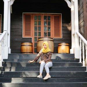 Good Morning, Happy Monday 🐝Anaknya ga judes kaya difoto kok sebenernya 😖😂 ••#clozetteID #Siltaliburan #fashionhijab #fashion #fashionable #fashionkorea #fashionblogger #Beautiesquad #dufan #ootdhijab #OOTD #hijapstyle #hijapstyle