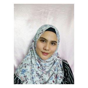 Tutorial makeup dan hijab buat nyoblos hari ini udh ada di post sebelum dan sesudah 🔛🔛🔛🔛Baru banget nih bikin tadi pagi 😂😂😂 #makeupideas #makeupandwakeup #makeupworldwide #hijaboftheday #hijabers #hijabfashion #makeuphijab #photooftheday #clozette #clozetteid