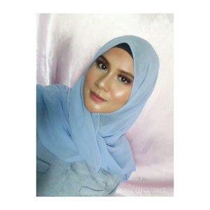 Ada yg bs tebak aku pake lipstick apa aja di look ini ?? #homakeupstory#beautyvloggerid  #makeuplook #makeupaddict #indobeauty #beautylosophy #smartbeautycommunity #indobeautygram #makeupenthusiast #beautytalkindo #indobeautysquad #bloggerperempuan #setterspace #beautyguruindonesia #indomakeupsquad #muapandeglang  #teambvid #beautychannelid #hijabersbeautybvlogger #bunnyneedsmakeup #beautybloggertangerang #beautysecretsquad #clozette #smartbeautycom #clozetteid #beautycollabid #indobeautygram #tutorialmakeuplg #tampilcantik @tampilcantik @indobeautygram @indobeautygram @bvlogger.id @beautytalk_indo @beautilosophy @inspirasimakeup.id @setterspace @beautylosophy @beautyguruindonesia @indobeauty_squad @teambvloggerid @beautychannelid @indomakeup_squad @bunnyneedsmakeup@smartbeautycommunity @bloggerperempuan @beautysecretsquad @beautyblogger.tangerang @smartbeautycommunity@beautycollabid