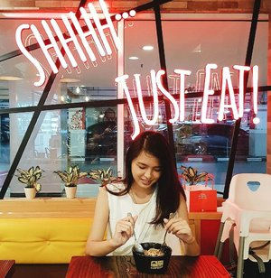 Feb 5, 2018 A few days ago, #CharisCeleb was invited to @cupbopindonesia at Central Park Mall, to try their menu 💕 . What a cozy place 😍 Have you try it ? Don't forget to pay a visit and try 'em hihi. It tastes good tho 😋 . Thanks @charis_official @charis_official ❤️ #charis #cupbop #grandopening #clozette #clozetteID #beautiesquad #setterspace #beautybloggerindonesia #beautybloggerid #bloggerceriaid #bloggerceria #kbbvmember #sociollabloggernetwork #vsco #vscocam